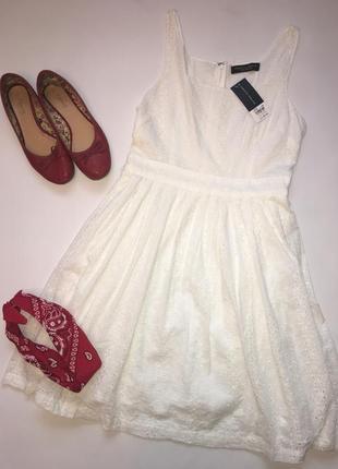 Новое белое платье из прошвы