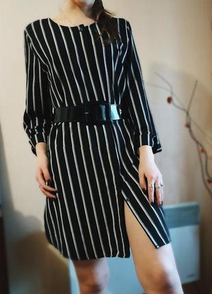Красивое платье рубашка (полоска , чёрно белая )