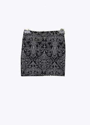 Короткая трикотажная юбка с узором в стиле барокко
