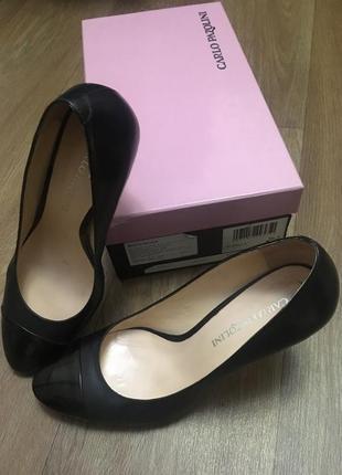 Классические туфли лодочки carlo pazolini
