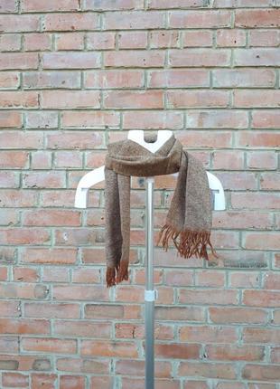 Шерстяной шарф с кисточками унисекс