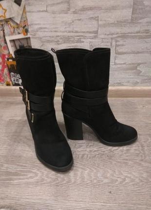 Ботинки,полусапожки широкий каблук3 фото