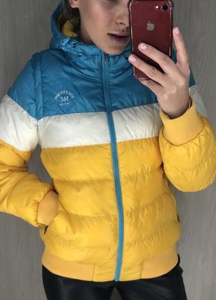 Куртка трансформер,весенняя яркая