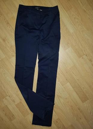 Черные брюки mango 34