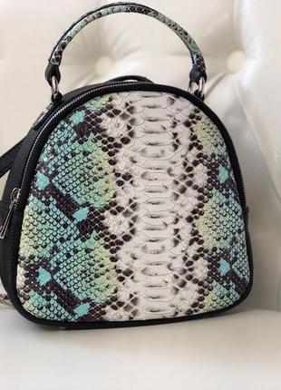 Маленький кожаный рюкзак-сумка италия