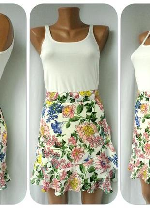 Новая. брендовая летняя юбка primark с цветами, рюшами. размер s.