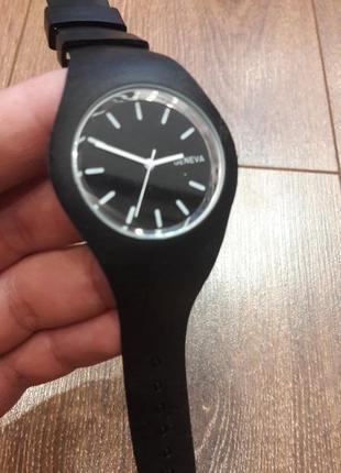 Модные стильные женские часы geneva2 фото