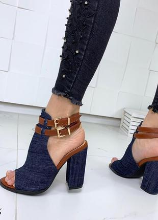Стильные джинсовые босоножки с ремешками4 фото