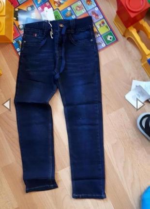Модные джинсы еврорезинка темно синий taurus венгрия 128 на 7-8лет