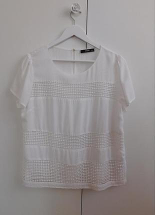 Белая блузка с которыми рукавами