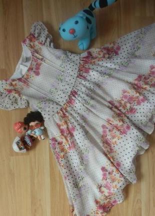 Фирменное нарядное платье tu малышке 2-3 года состояние отличное.