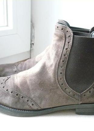 Демисезонне ботинки 39 разм.