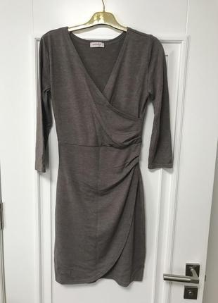 Красивое стильное платье теплое короткое мини orsay размер s-m