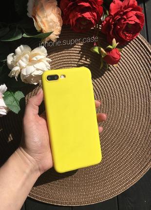 Яркий силиконовый матовый чехол на айфон iphone 7 plus 8 plus жёлтый