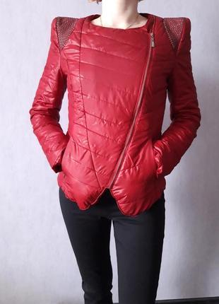 Крутая весенняя курточка