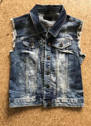 Жилетка джинсовка джинсовый жилет