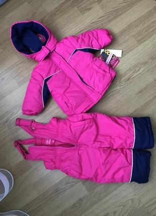 Комплект для девочки 12 мес-куртка, комбинезон, повязка на голову. новое