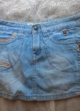 Стильная джинсовая юбка , размер 30