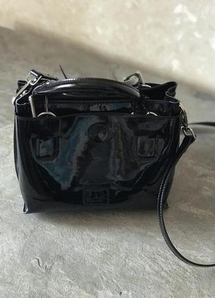 Лакова сумка фірмова