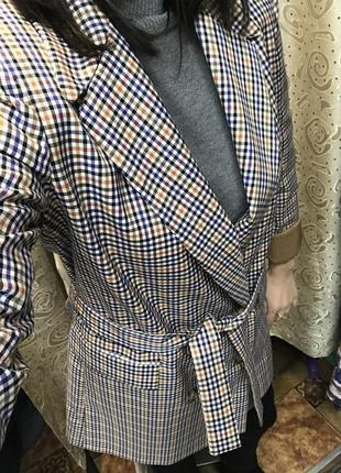Удлиненный пиджак на пуговицах в клеточку с заворотом на рукаве imperial