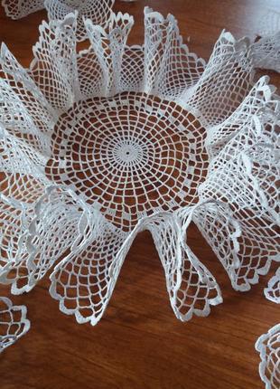 Серветки  вязані крючком2 фото