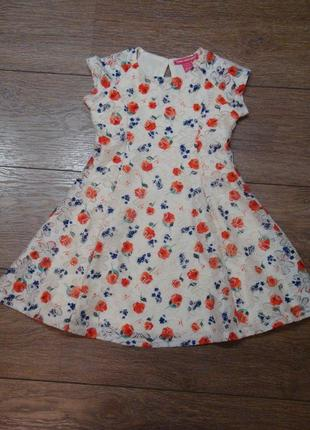 Красивое платье с цветами young dimension 4-5 лет
