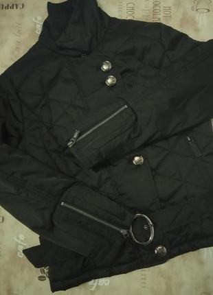 Фирменная модная куртка короткая новая