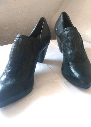 Кожаные ботинки ботильоны от итальянского бренда everybody, р.41 код f4105
