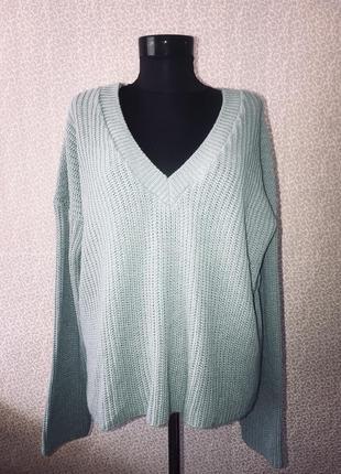 Модный свитер оверсайз с красивой спинкой5 фото