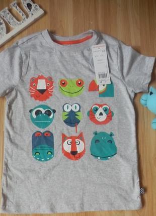 Новая фирменная футболка f&f мальчику 6-7 лет2