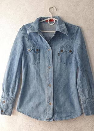 Джинсовая женская рубашка levi's