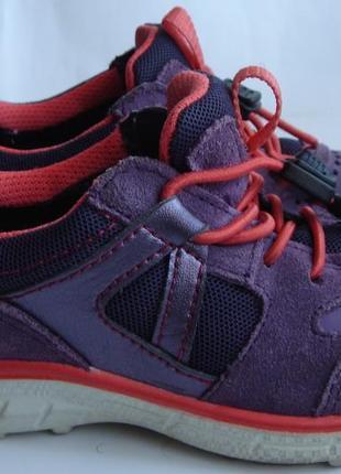 Демисезонные кроссовки ecco размер 27