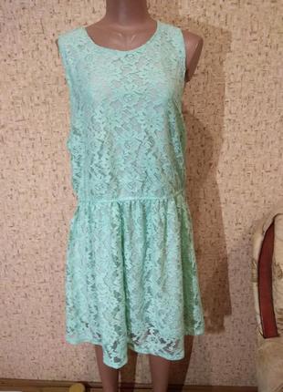 Гипюровое платье 52  размер