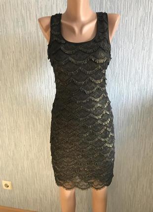 Фирменное новое платье