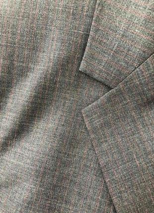 Очень стильный, шикарный и невероятно красивый пиджак от мирового бренда s.oliver