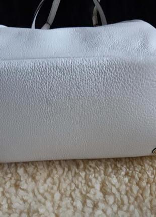 Женская сумка белая кожа calvin klein   оригинал2 фото