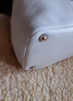 Женская сумка белая кожа calvin klein   оригинал3 фото