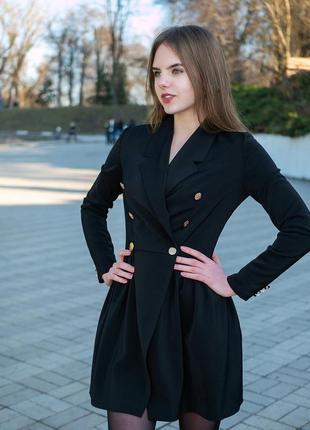 Трендовое платье-пиджак