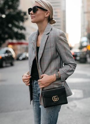 Короткий серый клетчатый классическый пиджак м