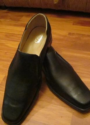 Кожаные мужские туфли форменные крок