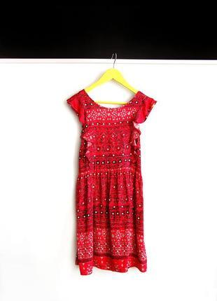 Платье красного цвета tu в узоры на 9 лет / 134 см