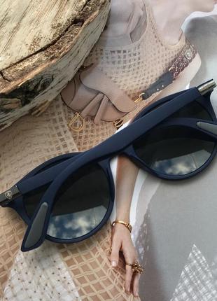 Стильные солнцезащитные очки в синей матовой оправе унисекс ferrari collection2