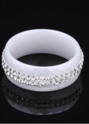 Керамическое кольцо белое