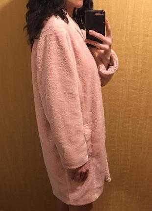 Пальто шуба меховое пудра розовое оверсайз трендовое zara
