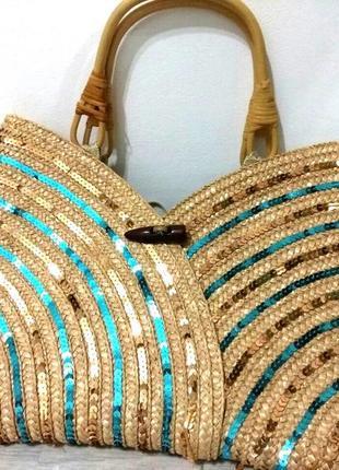 Фирменная красивая женская плетенная летняя сумка.