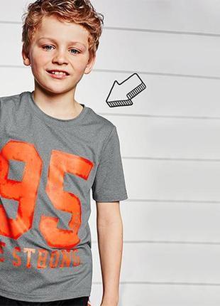 Спортивная футболка 122 - 128