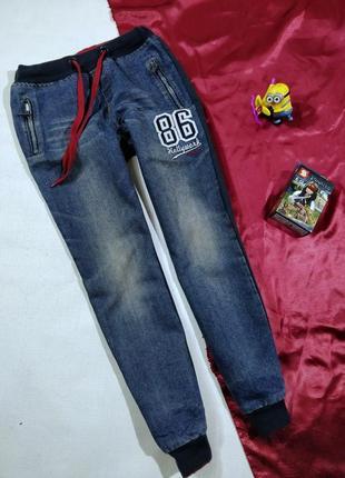 Штаны впереди джинс сзади трикотаж на мальчика 10-12 лет