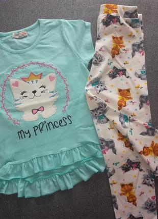 Костюм для девочки футболка с бриджами