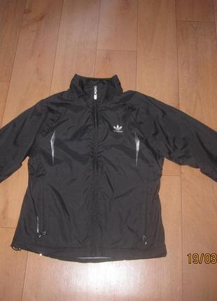 Ветровка легкая куртка adidas для мальчика  10-12 лет clima proof