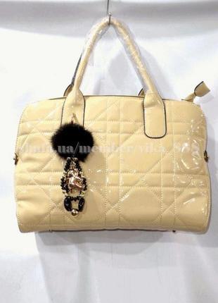 Женская лаковая стеганая сумка 90017 бежевая